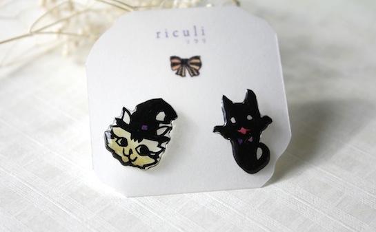 切り絵アクセサリー:ハロウィンのピアス(猫とネコゆうれい)