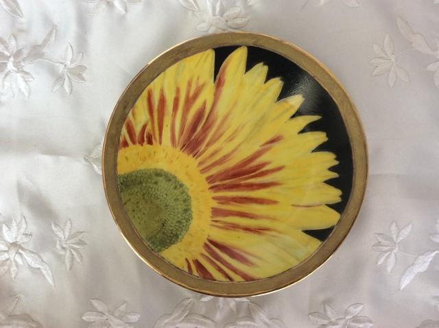 ひまわりの絵皿