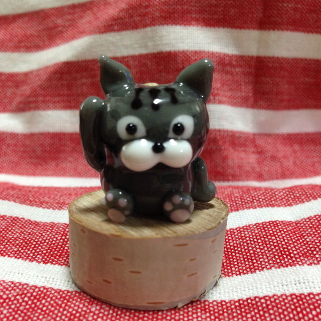 ネコのとんぼ玉  招き猫