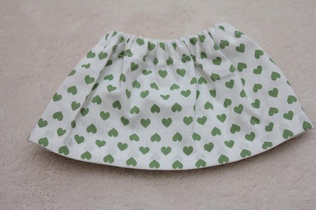 メルちゃんのスカート(ハート)