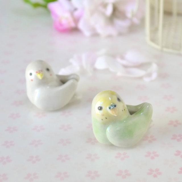 小鳥の箸置き2羽セット「黄緑&白いセキセイインコ」