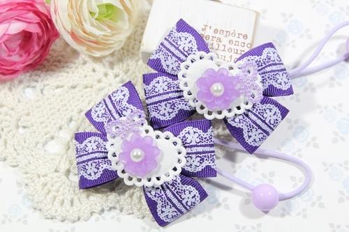 Wリボンのヘアゴム(クリアなお花と紫のレース)