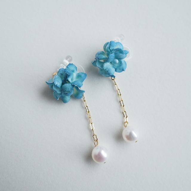 布花イヤリング ブルー紫陽花