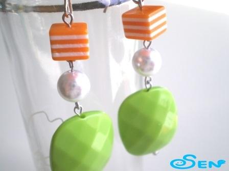 ポップピアスC(オレンジ・黄緑)