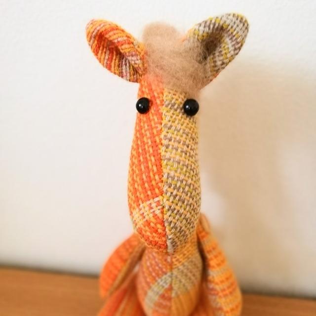 手織り布のぬいぐるみ 馬 オレンジ