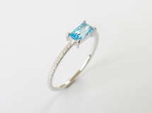 Baguette Cut Stone Ring 《Blue Topaz》WG