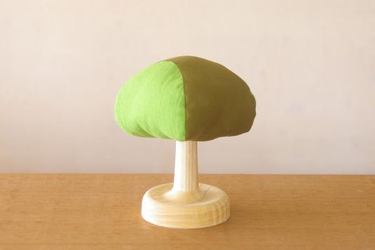 木の形の針山(ホワイトアッシュ)