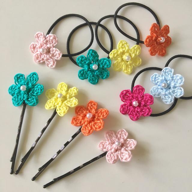 【オーダー品】小さなお花を編んだヘア...