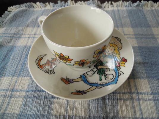 手描きカップ&ソーサー ひまわりと女の子、猫