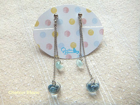 ガラスビーズのイヤリング
