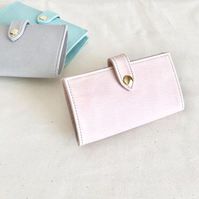 淡いピンク色のiphon7ケース