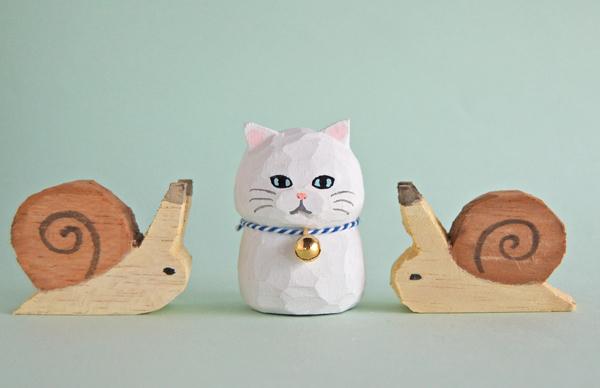 木彫り人形ねこ 白ネコ2 4センチ幅 [...