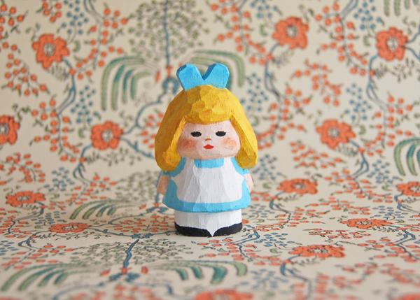 木彫り人形 不思議の国のアリス2 4セ...