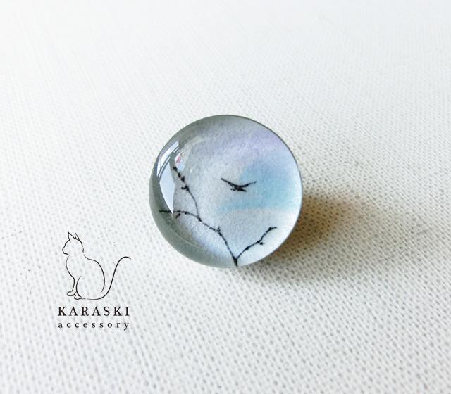 ピンバッチ097/梢と鳥