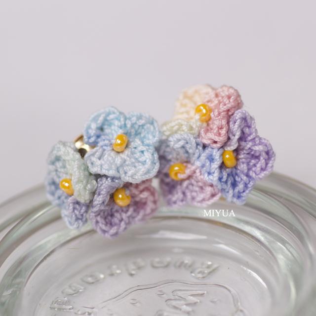 手編みの紫陽花ピアス あじさい
