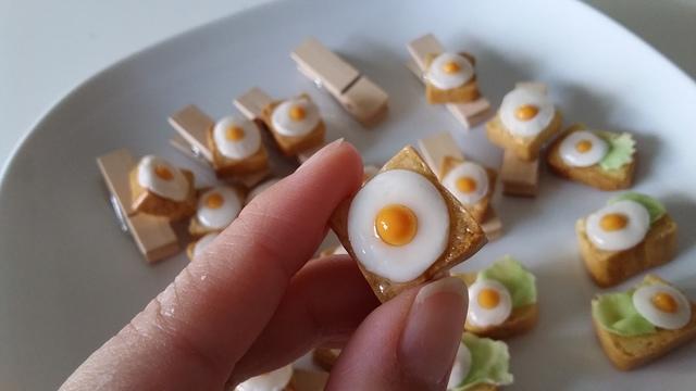 ミニ角食パンの目玉焼きトースト