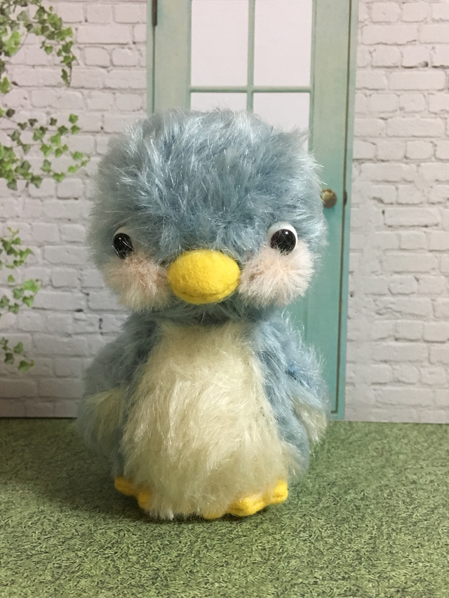 【送料無料】水色のペンギンちゃん