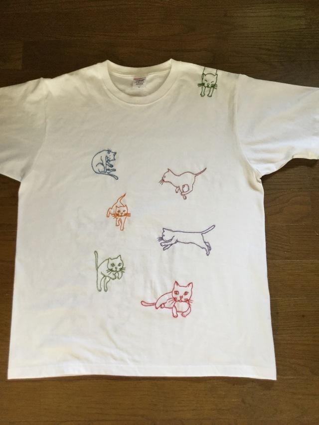 手刺繍シャツ  ねこ ネコ 猫