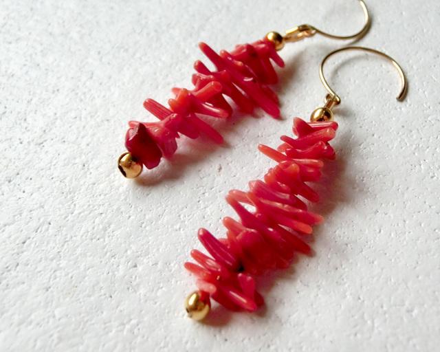 14kgf/砕け散る赤珊瑚のピアス/イヤリング