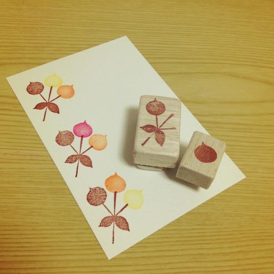 消しゴムはんこ 昭和レトロな花模様