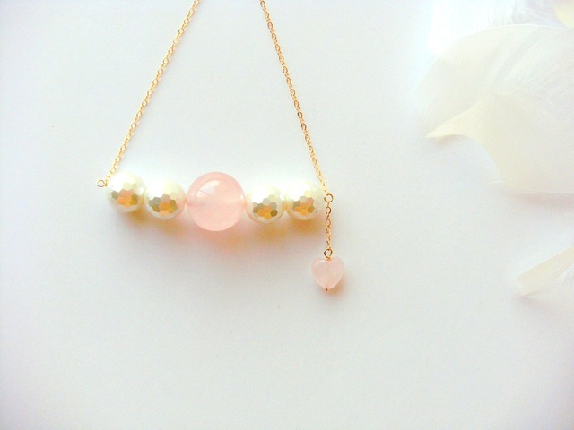 *14KGF rose quartz w/shell pearl neck...