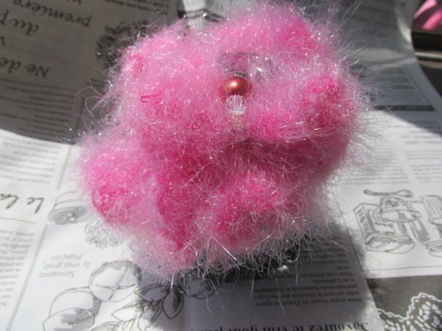 カラフル・ピンクのハワイアン風シュシュ
