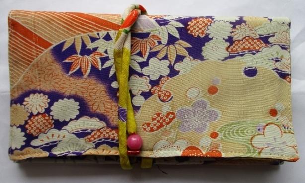 送料無料 花柄の長襦袢で作った和風財...