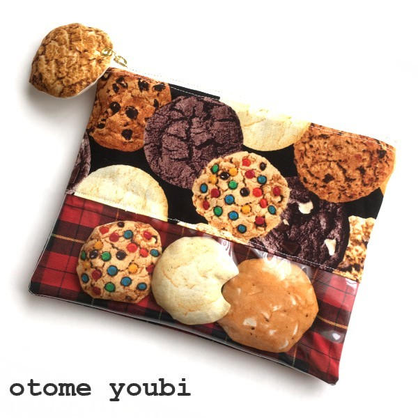焼きたて!大きなcookieポーチ・チェック