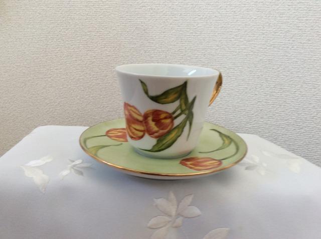 チューリップの花のカップ&ソーサー