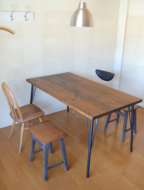 Landmark table 14*7(w)