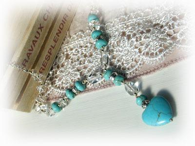 水晶とトルコ石のネックレス