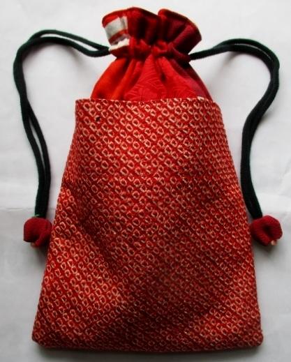送料無料 縮緬と絞りの着物で作った巾...