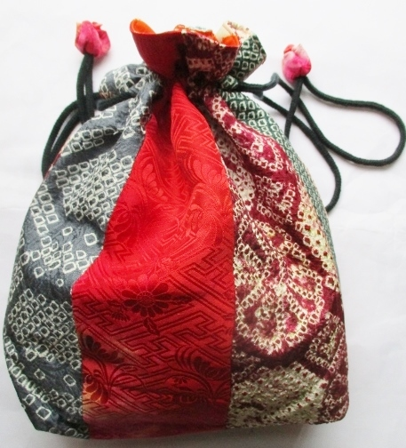 送料無料 絞りの羽織で作った巾着袋 ...