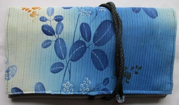 送料無料 絽の着物で作った和風財布・...