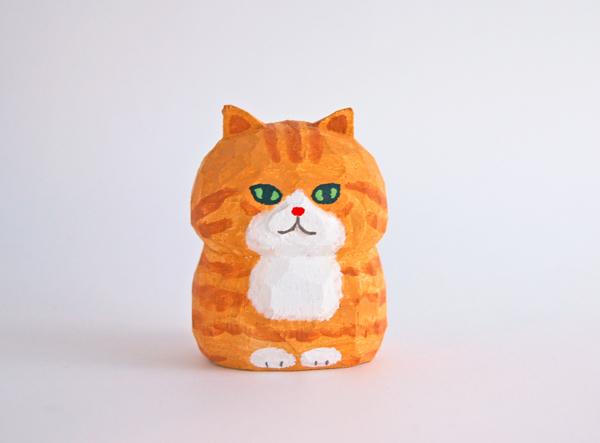 木彫り人形ネコ 茶トラ 5センチ幅 [M...