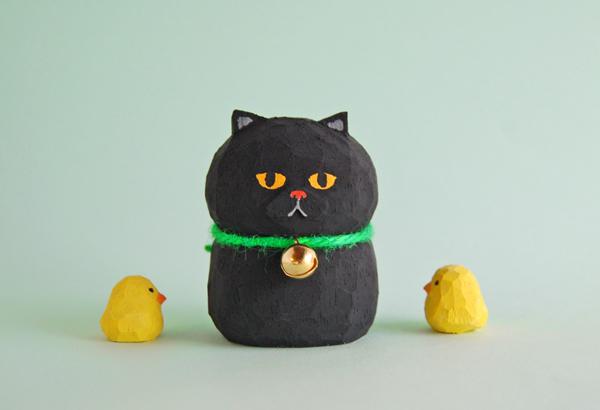 木彫り人形ネコ くろねこ 5センチ幅 ...