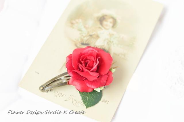 赤い薔薇のパッチンクリップ