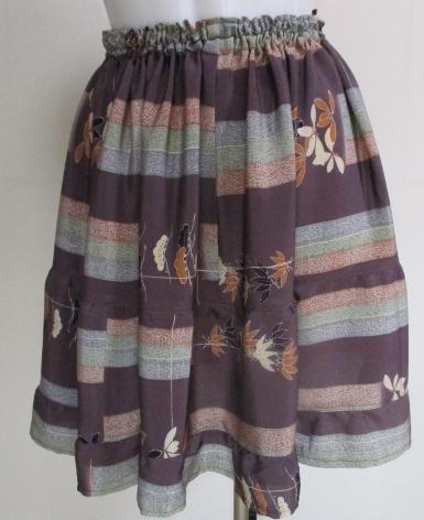 送料無料 正絹の着物で作ったミニスカ...