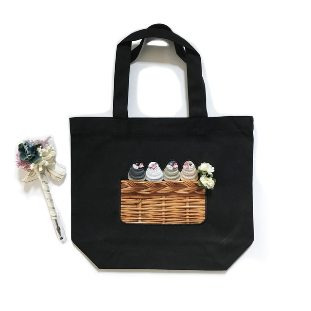文鳥の刺繍トートバッグ(皿巣ポケット)