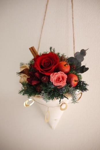 クリスマスアレンジ白樺レッドコーン