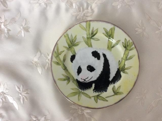 パンダの絵皿