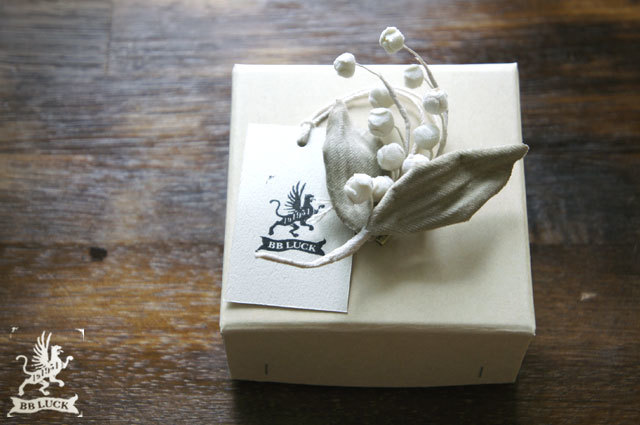 brooch【 布花ブローチ lily of the val...