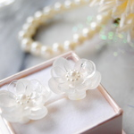 ✿ Crystal clear  flower  イヤリング✿
