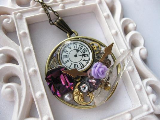 時計の空枠ネックレス