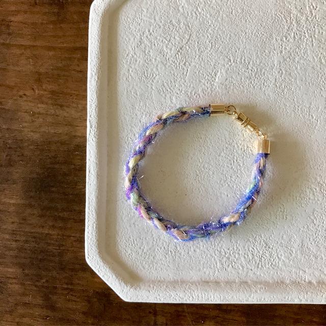 麻糸と宇宙糸のシンプルキラキラブレス