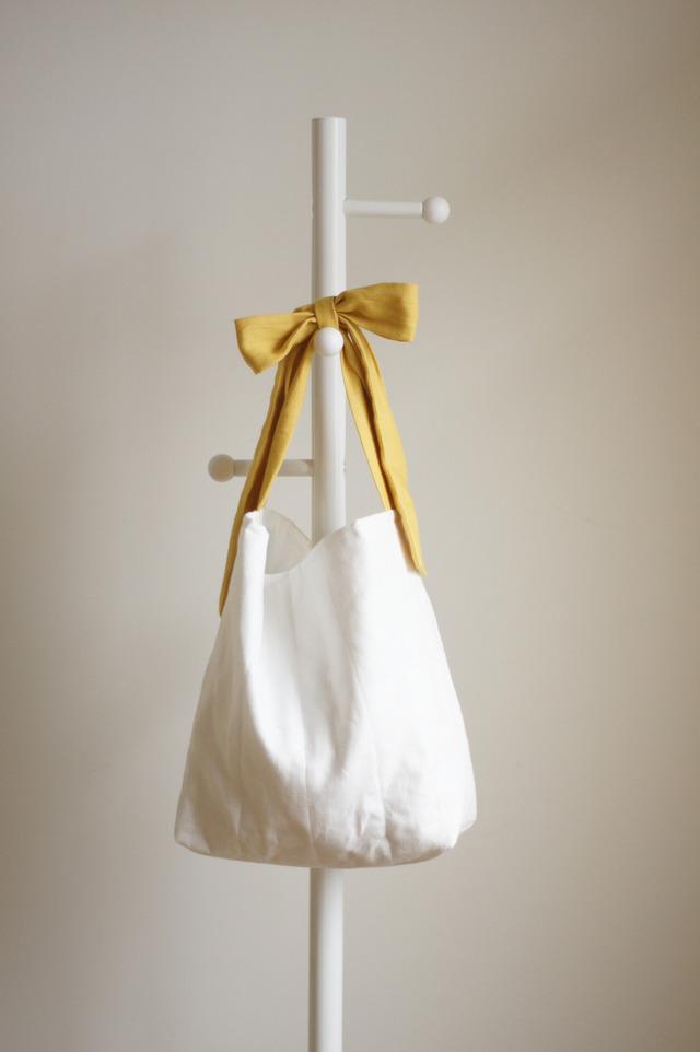 リネンキルティングリボンのバッグ(クリームイエロー)