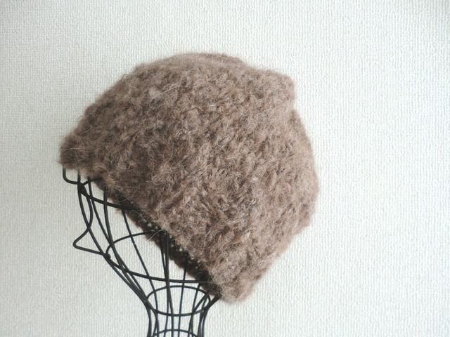 ま〜るい形のもふもふニット帽