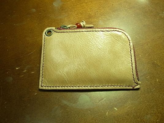 ポケットが厚くならない革小銭入れ:オイルレザーキャメル色