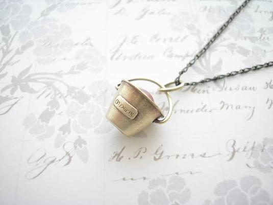 バケツのネックレス-真鍮