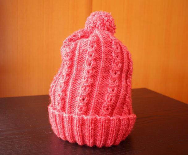 赤色のニット帽